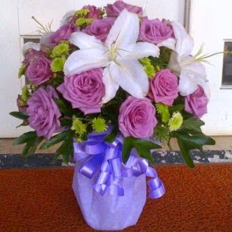 JUAL BUNGA MAWAR LOKAL DAN IMPORT: Toko bunga hias meja jakarta