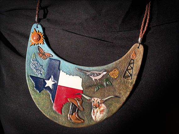 Hand tooled and hand painted leather bib necklace with symbols of Texas by Gemsplusleather - 272.72EUR