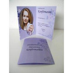 Konfirmationsinvitation til piger med flot  lilla baggrund og mørke og lyse lilla blomster som A5 folder