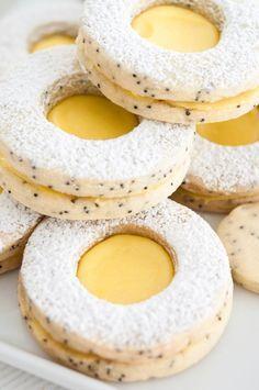 Zitronen-Mohn: Linzer-Plätzchen #backen #Rezept