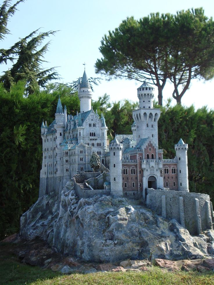 Castle stock by ~skinywitch on deviantART