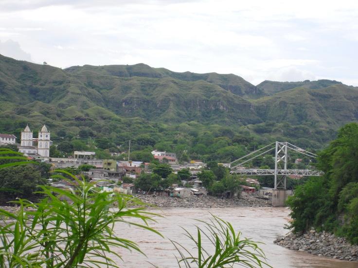 Honda y Río Magadalena, Tolima. Colombia