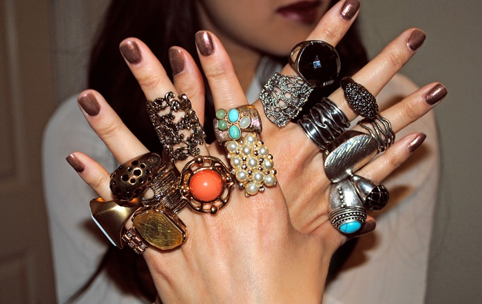 ring, ring!: Big Rings, Bling Rings, Jewelry Obsession, Love Rings, Fashion Jewelry, Accessories, Fun Jewelry, Bohemian, Bling Bling