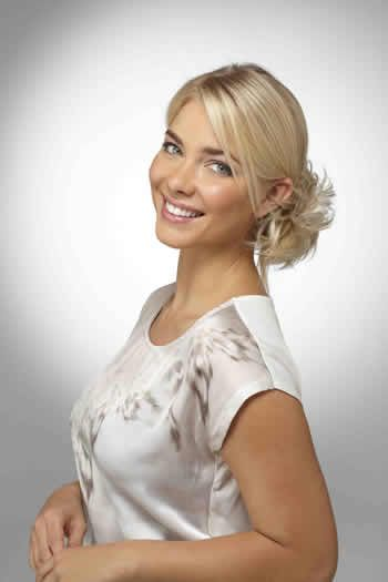 <p> The Fairy Wrap is a pretty dainty wrap, perfect for creating an instant updo. Wear it high, low or to the side to add volume and texture to your hair!</p> <p> <b>Shown in colour:<b> Creamy Twist </b></b></p>