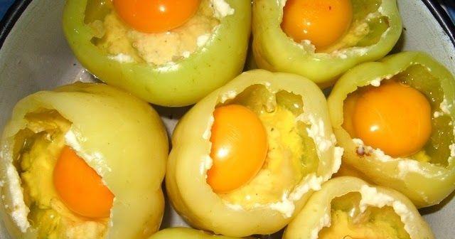 Sastojci 7 paprika 500g sitnog rikota sira, ili nekog drugog sitnog, po zelji 100g gorgonzole isecene na kockice 8 jaja biber, ...
