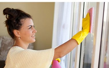 Utálsz ablakot pucolni? Valójában mi is! De ezzel a házi szerrel sokkal könnyebb lesz a dolgod!