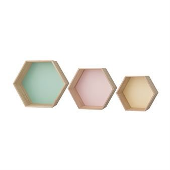The trendy Bloomingville hexagon shelf is delivered in a set of three different sizes which make it possible for you to create your own combination. A practical and stylish storage that is suitable in all rooms! Combine it with other box shelfs from Bloomingville and build your own shelf system.