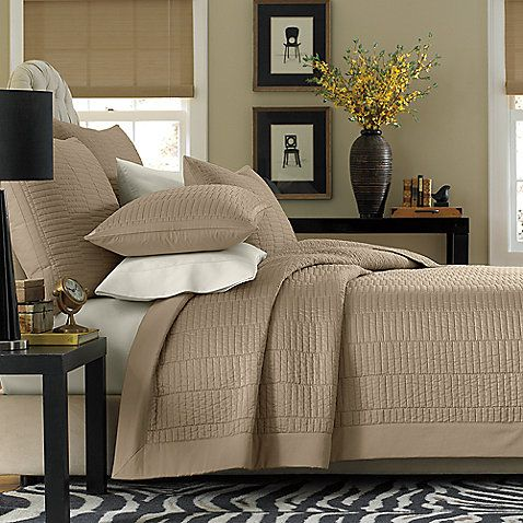 california king bed difference between king and california king bedding. Black Bedroom Furniture Sets. Home Design Ideas