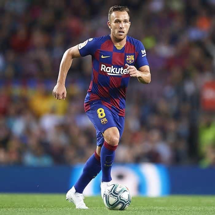 Latest News For Barcelonas Arthur Explains Decision To Join Brazil In Singapore Barcelona Football Singapore Antoine Griezmann