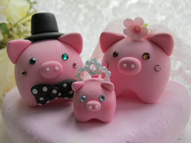 lovely piggy cake topper