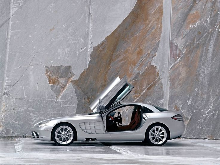 Custom Mercedes-Benz SLR McLaren | Mercedes-Benz-SLR-McLaren -Its cost is $455,500