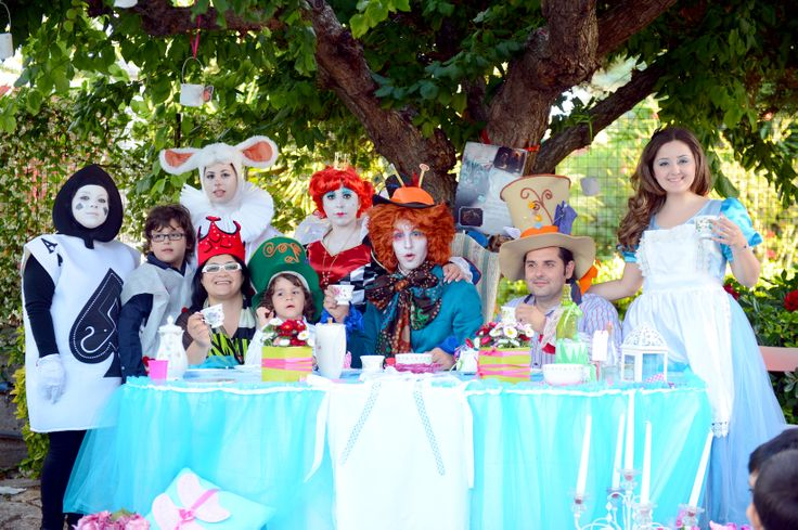 Il tavolo di Alice (Giochi in corso)al comleto