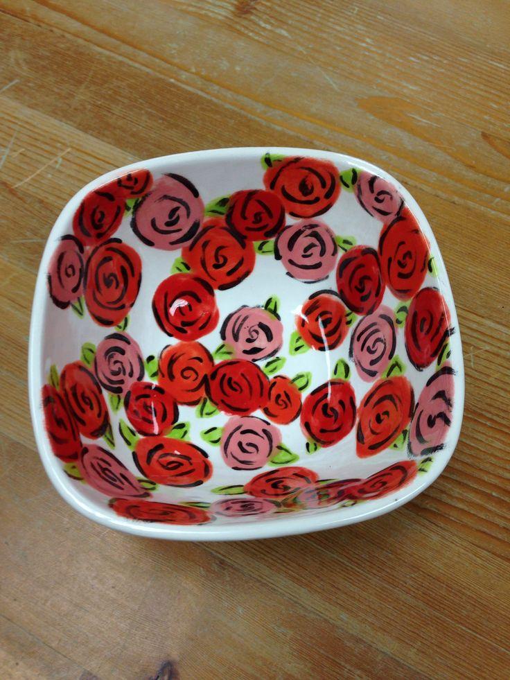 Bowl of roses