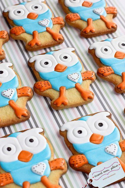 Giggle & Hoot cookies by Dessert Menu Please, via Flickr.