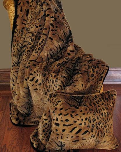 Faux Furs : Patchwork Faux Fur