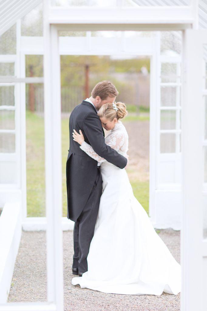 Bröllop Rosendals trädgårdar  Bröllopsporträtt wedding Stockholm Rosendals trädgårdar