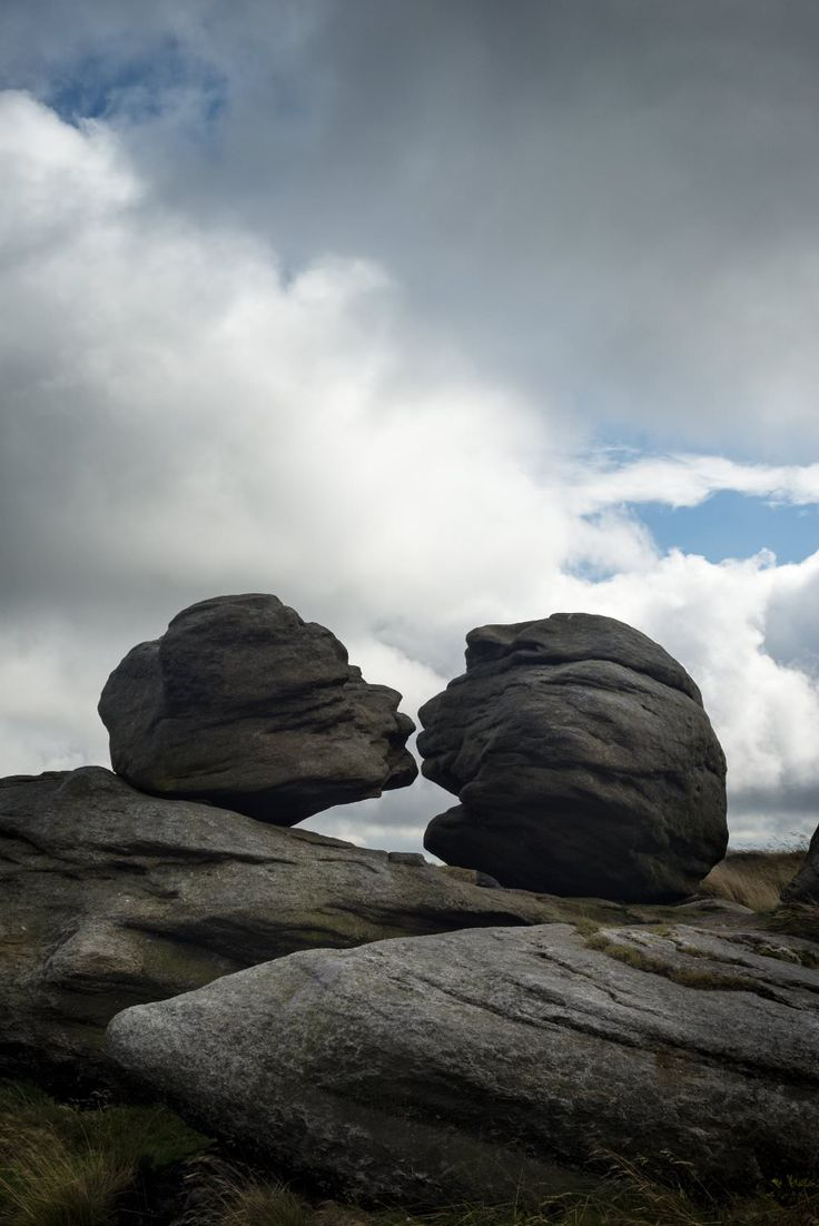 Wain Stones (or 'Kissing Stones') near Pennine Way at Bleaklow Head, the Peak District, England More