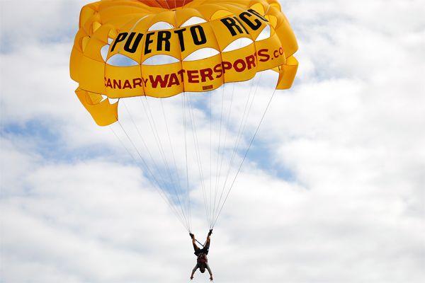 #pressereise #watersports #höhenangst #höhe #puertorico #grancanaria #wolken #freiheit #parasailing