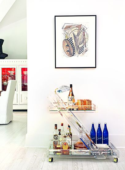 Glass bar cart in a Greenwich home by designer Patrick Mele.  // #barcart #drinks #decor