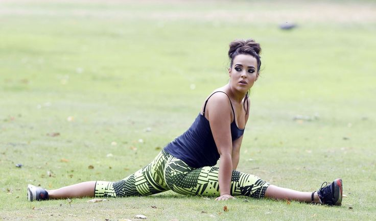 Hollyoaks and CBB star, Stephanie Davis, exercising in the park.