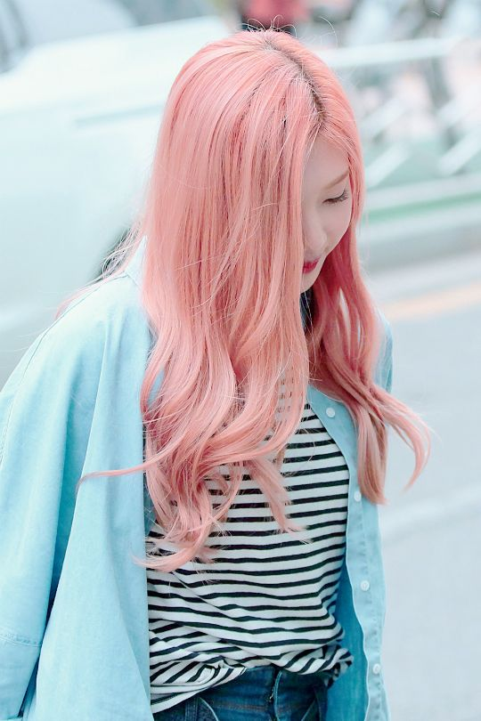 "sicameow: "" ""joy and pink hair "" """