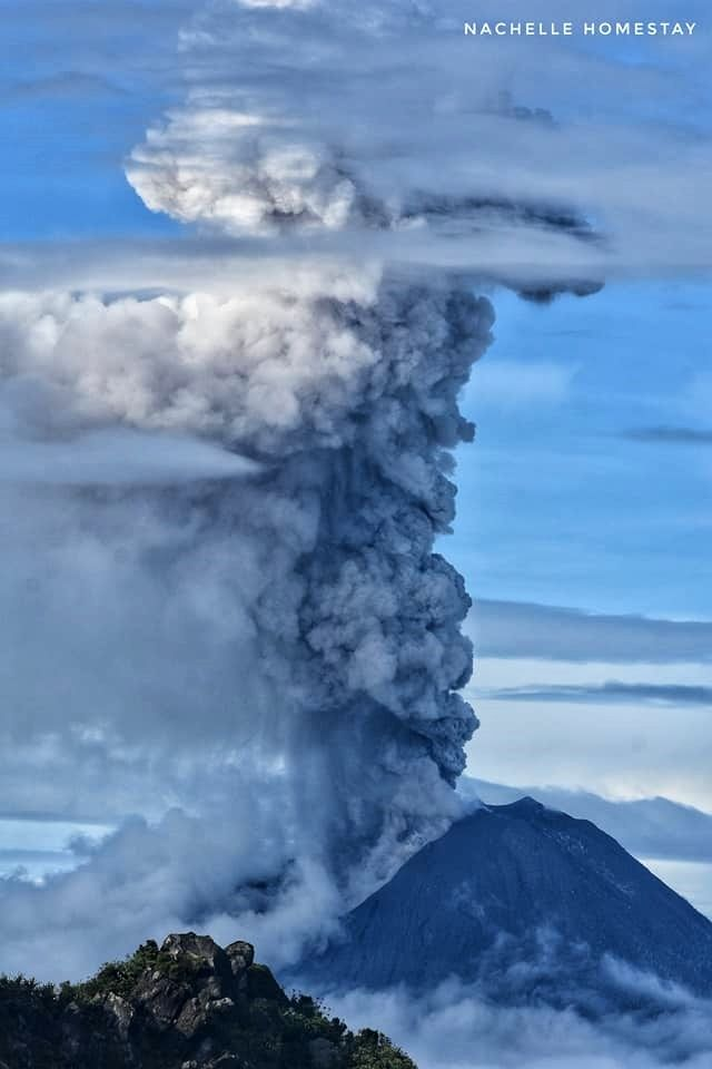 307 best Volcano images on Pinterest | Volcanoes, Mother nature and ...