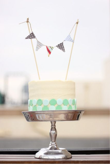 Pretty cake with mini bunting