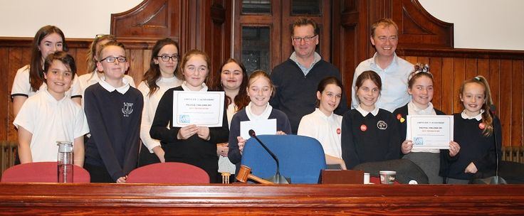 Kendal primary pupils embrace political challenge http://www.cumbriacrack.com/wp-content/uploads/2017/03/Political-challenge-3-March.jpg On Friday primary schoolchildren from across Kendal took part in a political challenge at Kendal Town Hall.    http://www.cumbriacrack.com/2017/03/07/kendal-primary-pupils-embrace-political-challenge/