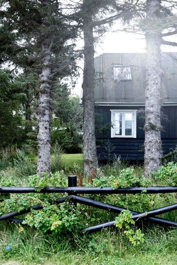 Pretty Danish Summerhouse - NordicDesign.ca