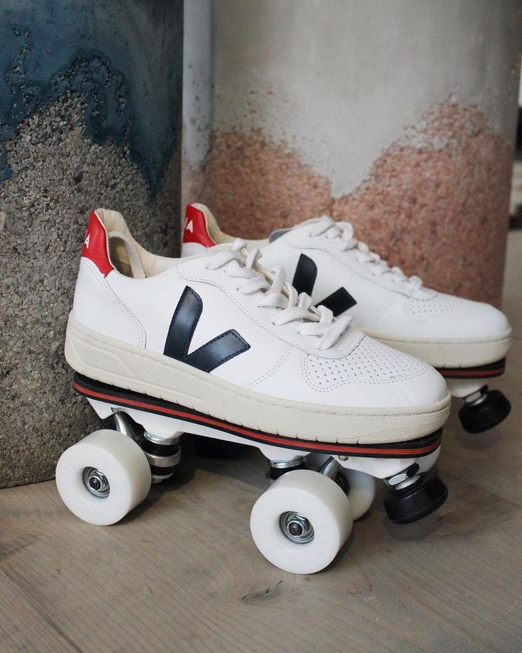 Don't be a hater be a roller skater our latest collaboration Veja x Flaneurz . Available on www.veja-store.com   #veja #vejashoes #vejakicks #vejaxflaneurz #vejav10 #rollerskaters #onwheelz #kicksonpoint #rollers #skaters #riderwithstyle #alexeagleofficial