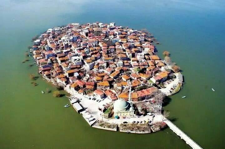 Bursa-Gölyazı village