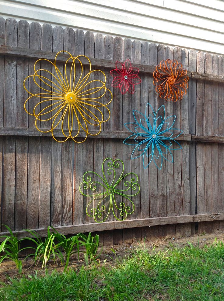 Jumbo Metal Flower Fence Art - Oversized Eclectic Set of 5 - Metal Yard Art - A Rainbow of Colors by ChicFabulousFlowers on Etsy