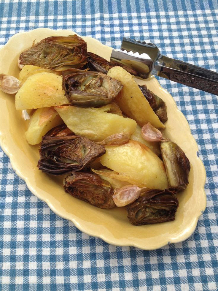 Anghinare si cartofi lacuptor