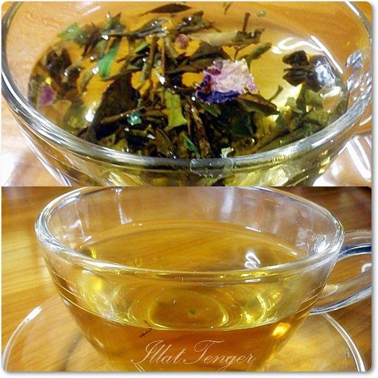 Serenity a fiatalság elixírje- Leveles tea rózsaszirommal Nemes fehér tea rózsaszirommal. Enyhén virágos illata és harmonikus íze elvarázsol bársonyosságával. Kissé édes ízével nagyon kifinomult kompozíció, nagy mennyiségben tartalmaz A- és E-vitamint, valamint polifenolokat.