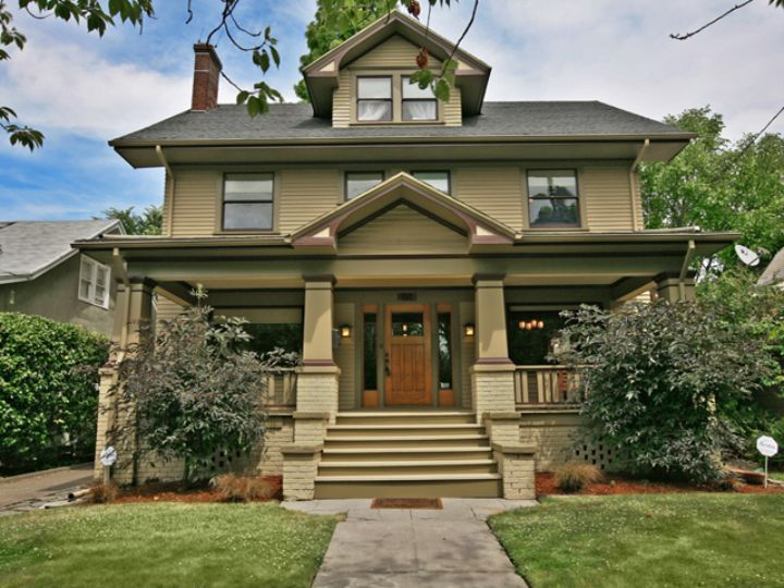 25 best ideas about foursquare house on pinterest for New craftsman style homes for sale