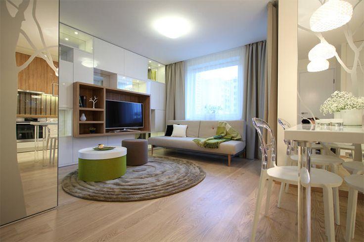 Este é um lindo projeto que nos mostra como móveis planejados valorizam e aumentam o espaço útil do seu apartamento. E quem mora em apartamentos pequenos p