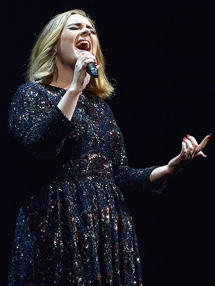 Star Tracks: Wednesday, March 16, 2016 | BELT IT OUT | Adele delivers a mind-blowing performance in London on Tuesday – did you expect anything less?