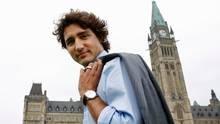 Justin Trudeau tops 'starting grid' Liberal leadership poll