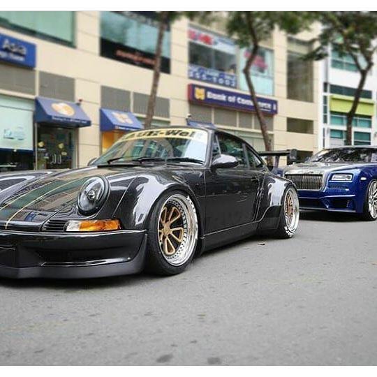 #Gozzu #porsche #911 #930 #964 #993 #991#rs #rsr #carrera #turbo #gt2 #gt3 #aircooled #sportclassic #clubsport #picoftheday #sport #car #supercar #caroftheday #classic #fuchs #coche #clasico #rennsport #carporn #singer #rwb #magnuswalker