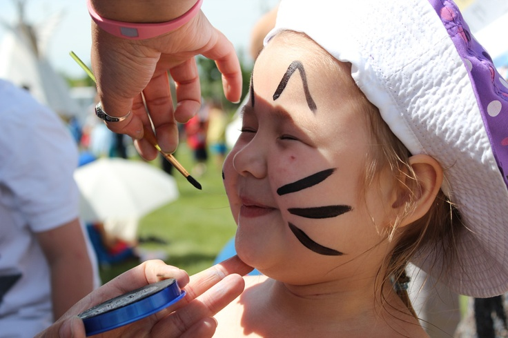 ADL 2012 - Face Painting at The First Nations University of Canada in Regina, Saskatchewan  Photo By: APTN