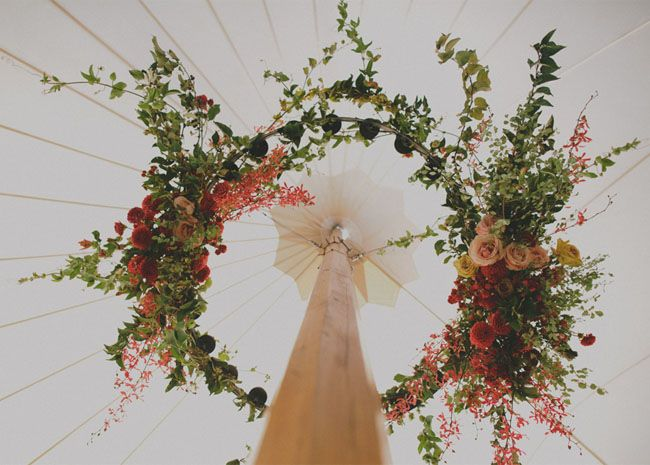 floral wreath decor / Shotgun Floral Studio + Gretchen Gause Photography