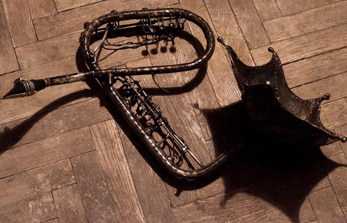 Welded steel woodwind instrument. You can hear it here https://soundcloud.com/sokolowski1087/idzie-bieda