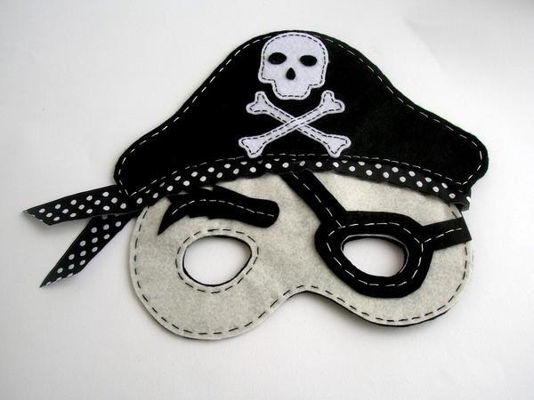 Keçe Korsan Maskesi