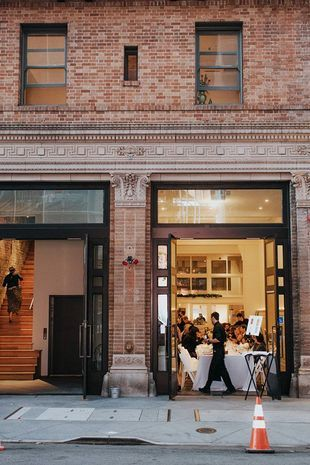 How cool is a venue like this for a #citywedding? #sanfrancisco {Firehouse 8}