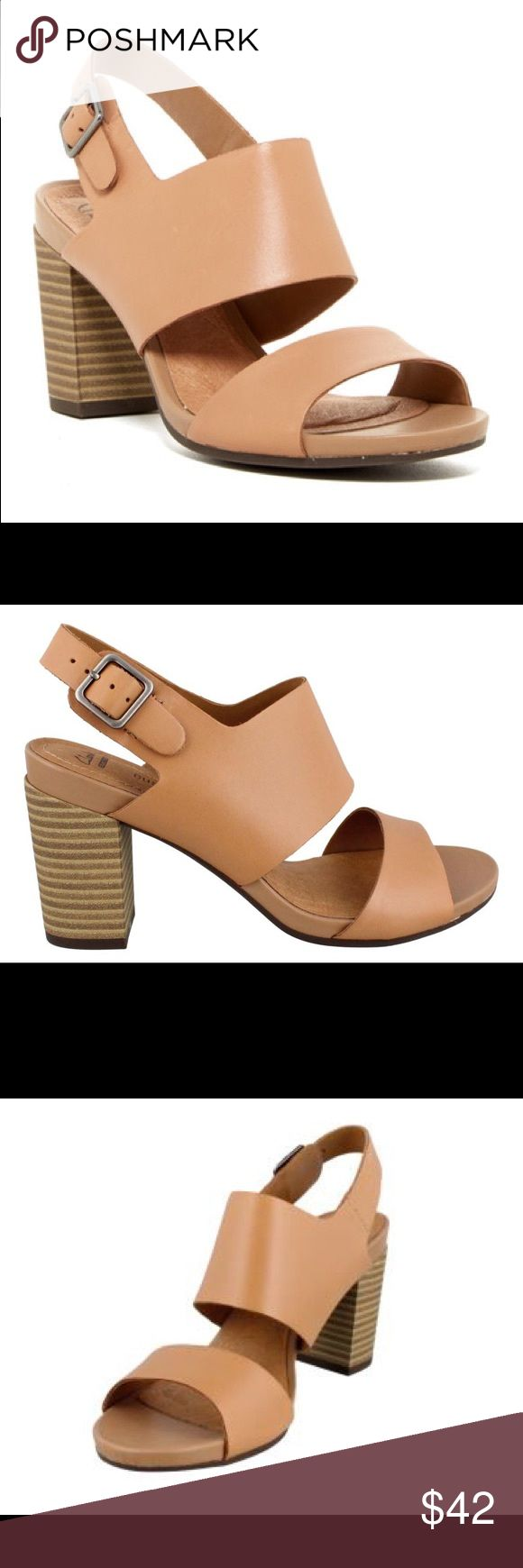 Clarks Banoy Tulia beige heeled sandals so comfy Warn twice Clarks Shoes