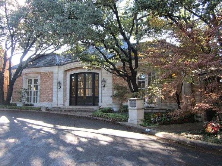 24 Stonecourt Drive Dallas TX 75225 Sold In 2014 By Kim Jacobs Calloway Park CityReal EstatesDallas