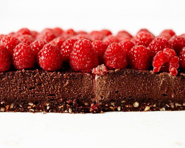Happy Birthday to Me! Chocolate Hazelnut No-Bake Cake   Lush Loves