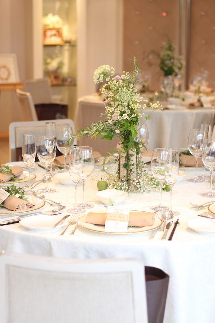 白樺/ゲストテーブル装花/花どうらく/ウェディング/会場装花/メインテーブル/Party /Wedding/decoration/http://www.hanadouraku.com/