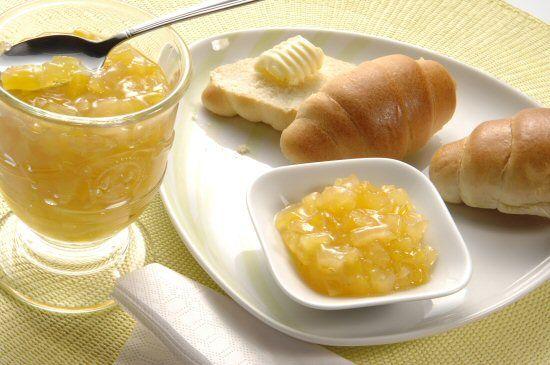 Džem od ananasa i manga sa belim vinom