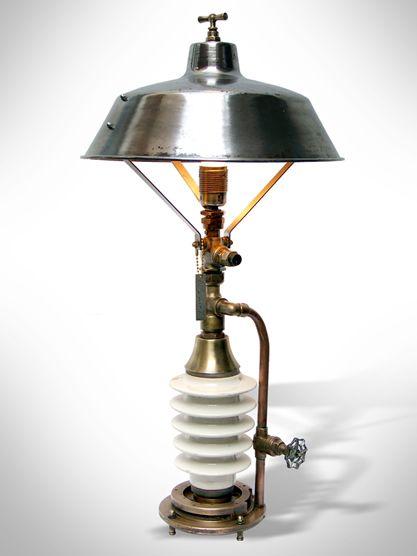 les 54 meilleures images du tableau creations sur pinterest luminaires lampe steampunk et. Black Bedroom Furniture Sets. Home Design Ideas